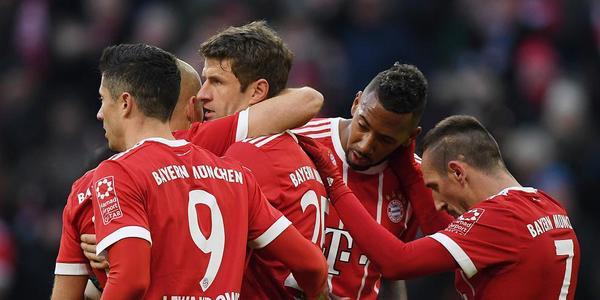 穆勒莱万双响J罗两助攻 拜仁4-2逆转不莱梅