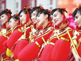 """""""舞动太原""""群众文化活动展演在太原美术馆举行"""