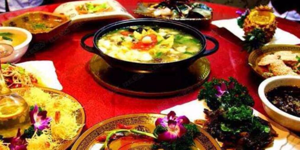2017年,荆州人吃喝至少花了51亿元