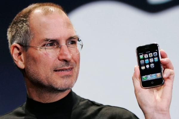 iPhone发售十周年助苹果富可敌国