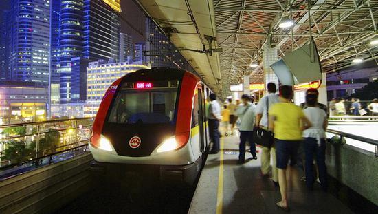 上海地铁与银联支付宝建合资公司 正测试微信支付