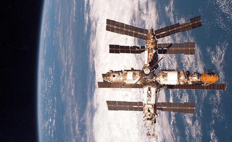 """""""和平号""""空间站"""
