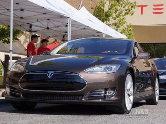 特斯拉不屈不挠 在美国推进汽车直销模式