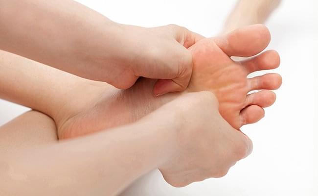 跑者易遭遇脚趾抽筋 四种方法有效预防