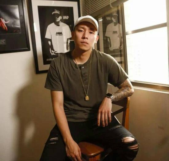 顽童MJ116 E-SO瘦子发布全新单曲《地痞》