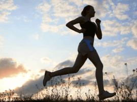 健康生活方式:各年龄段怎么饮食最佳 跑步能延寿