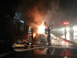 大货车高速起火 损失高达30余万