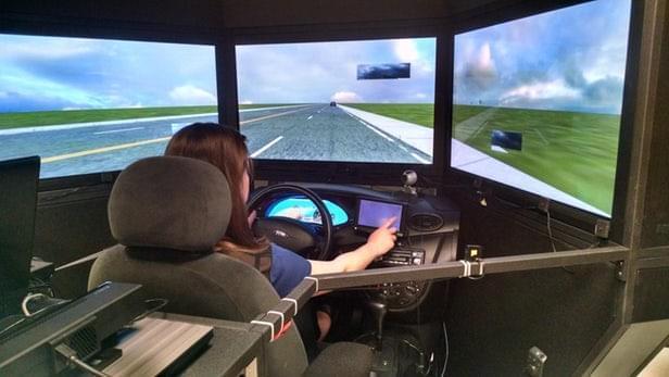研究称部分司机开车70%的时间都走神