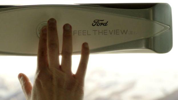 """视觉障碍者福音 福特为盲人打造""""可视车窗"""""""