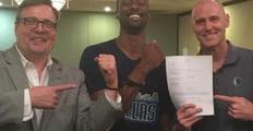 """你有本事开门啊! NBA签约迷信之""""12:01敲门"""""""