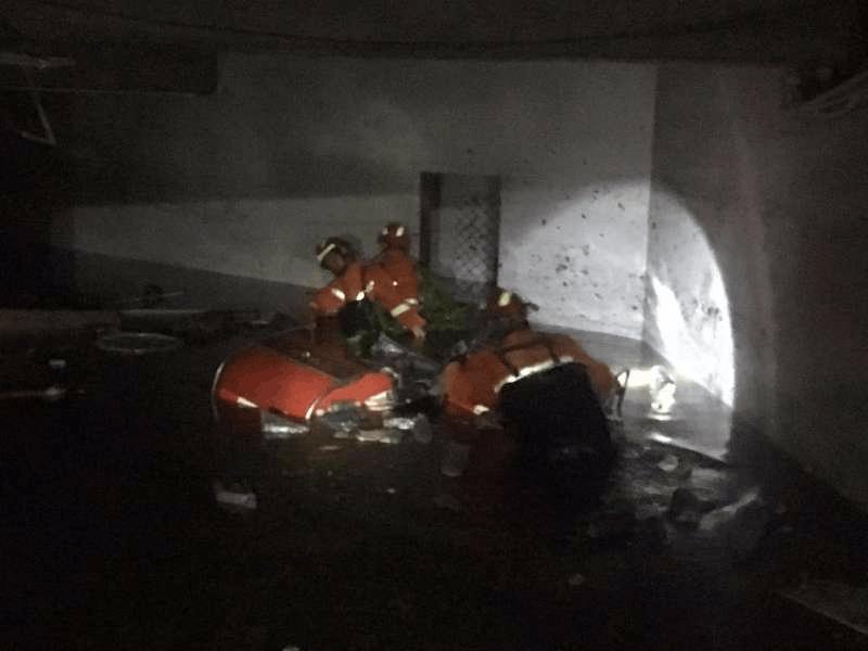 佛山消防通宵清理路障500处 连夜驰援珠海
