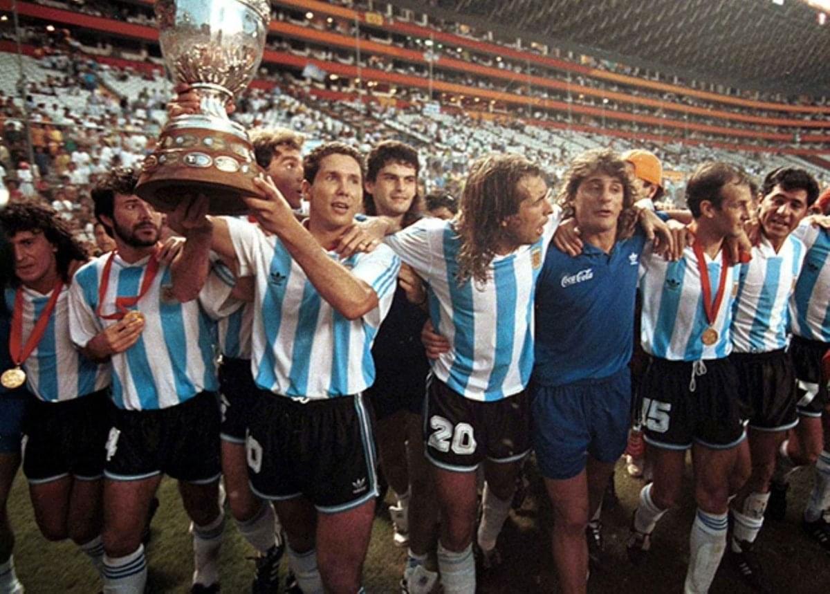 1993年阿根廷夺得美洲杯冠军