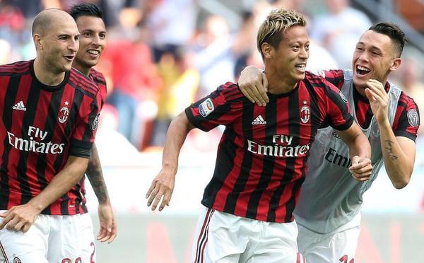 本田任意球建功米兰3-0 时隔3年重回欧战!