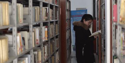 公共图书馆法施行 图书馆四类服务1月1日起免费