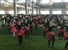 """长春举办""""万人同舞拉丁""""全民健康活动"""