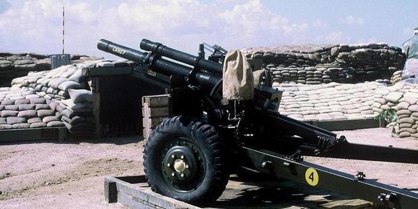 越战美军炮兵据点无遮挡:对面没重炮