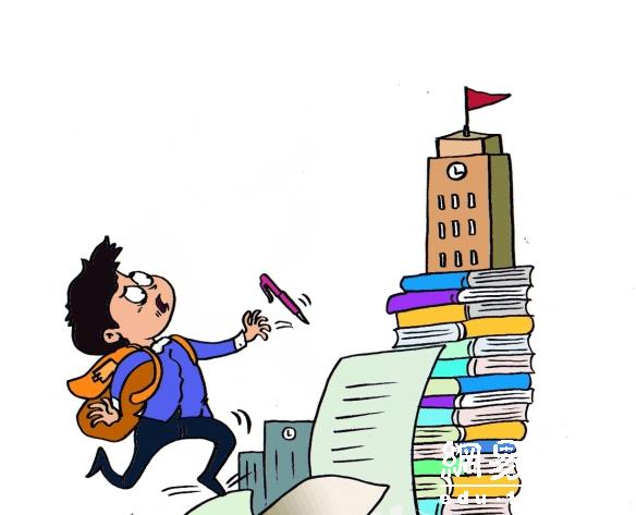 初三学生每月按月考成绩重新分班 担心被放弃