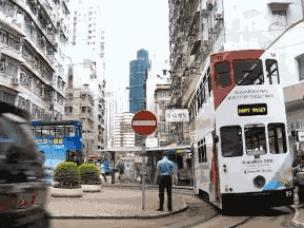 在只有10km/h的车厢 重温旧时的香港