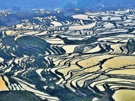 深藏云南、惊艳世界的千年小城,11月迎来最美观赏季!