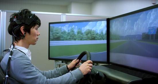 自动驾驶之外 日产汽车将在CES上展示脑波控制汽车