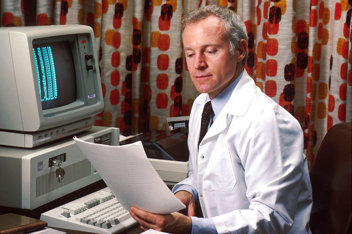 在医疗诊断、心理安抚、手术上,AI正在创造未来