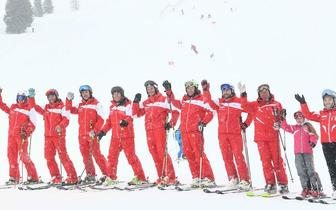 《奔跑吧》冰雪趣味运动会 baby昆凌PK雪厂