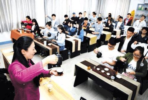 人社部要求加强未就业高校毕业生职业培训