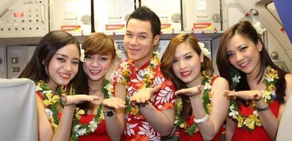 揭越南廉价航班:空姐性感 老板是70后女首富