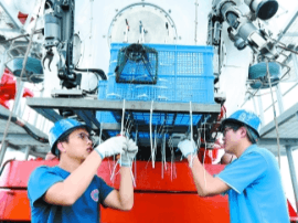 """解读""""蛟龙""""挑战马里亚纳海沟:下潜最深6700米"""