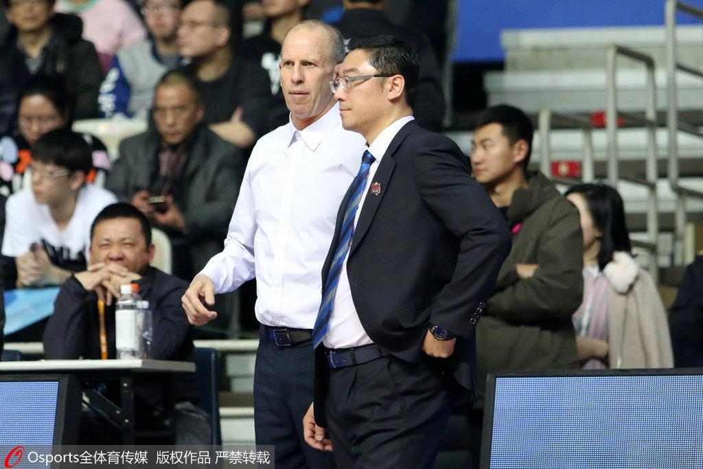 上海主帅:高兴搭上季后赛末班车 扔掉遗憾全力备战
