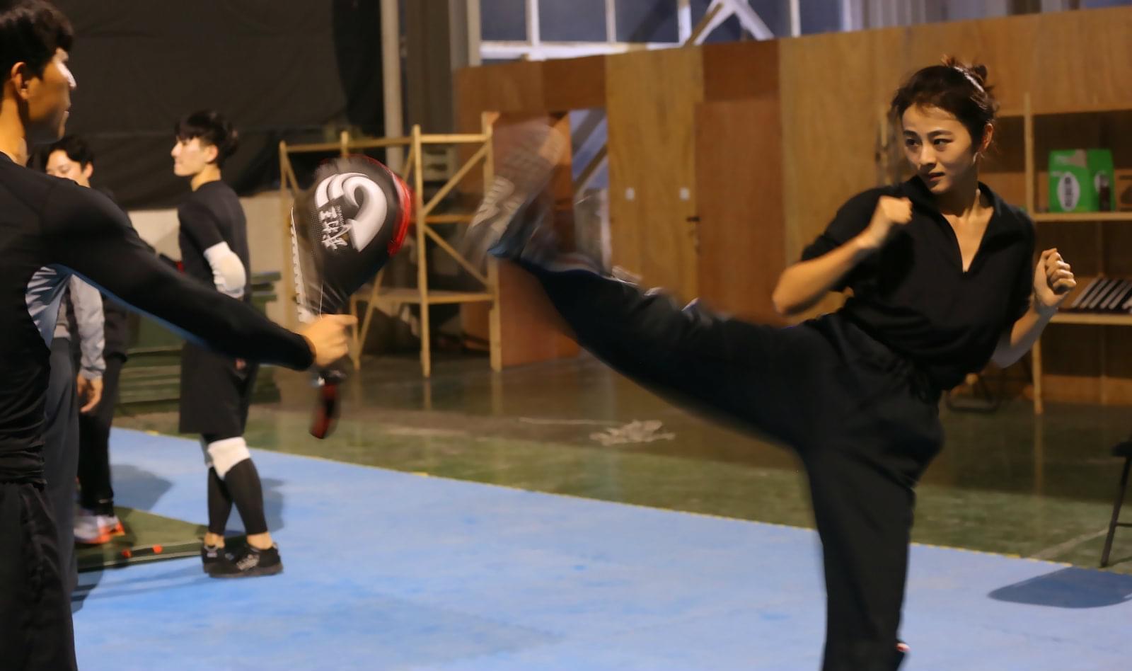 小斯琴高娃参加武术集训