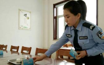 """沁县交警制作1500份""""禁酒桌签""""进饭店受好评"""