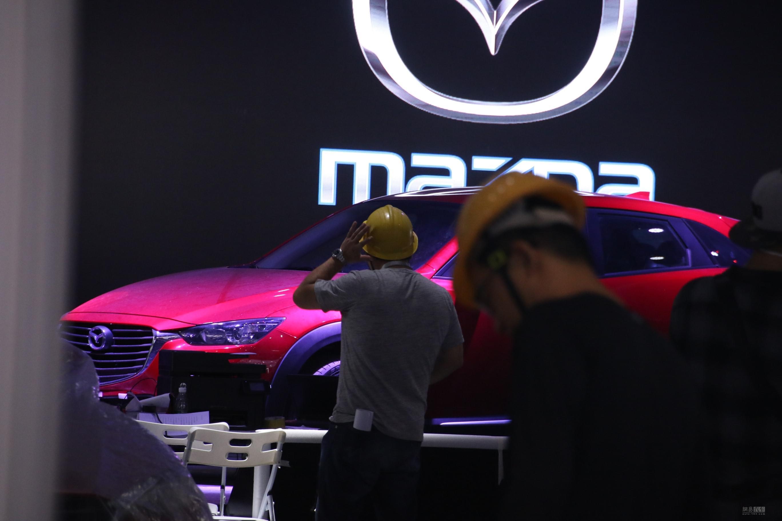 进口方式销售 马自达CX-3现身车展展馆