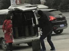 运城绛县:多家黑加油站存隐患