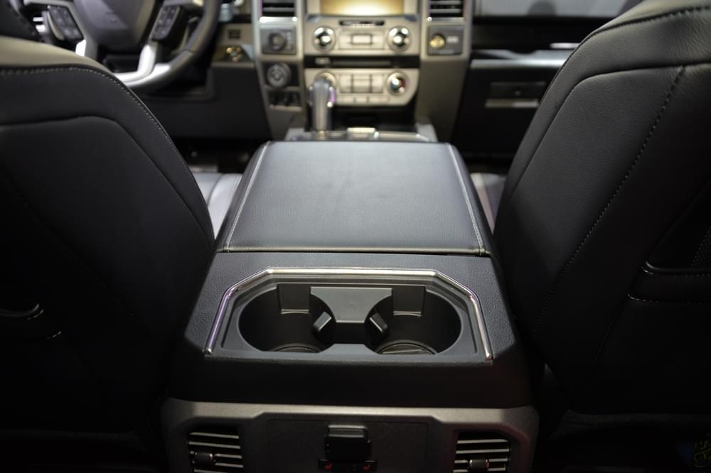 实拍福特F-150猛禽SuperCrew