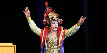 刘晓庆演《武则天》 再现一代女皇霸气风范