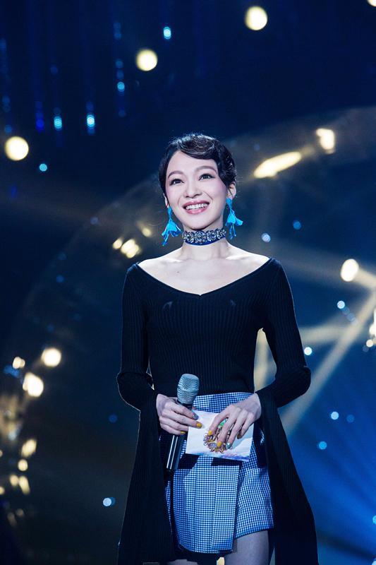 张韶涵唱出微苦人生 《在人间》共鸣引落泪