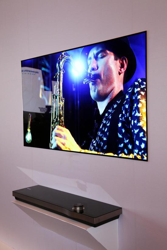 售价近10万 创维推出业内首款wallpaper壁纸电视