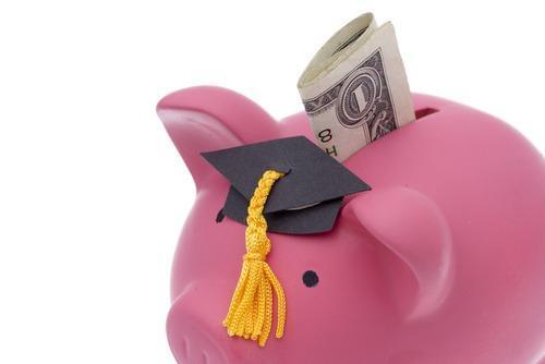 经济减压学术获肯定 留学一定要申请奖学金
