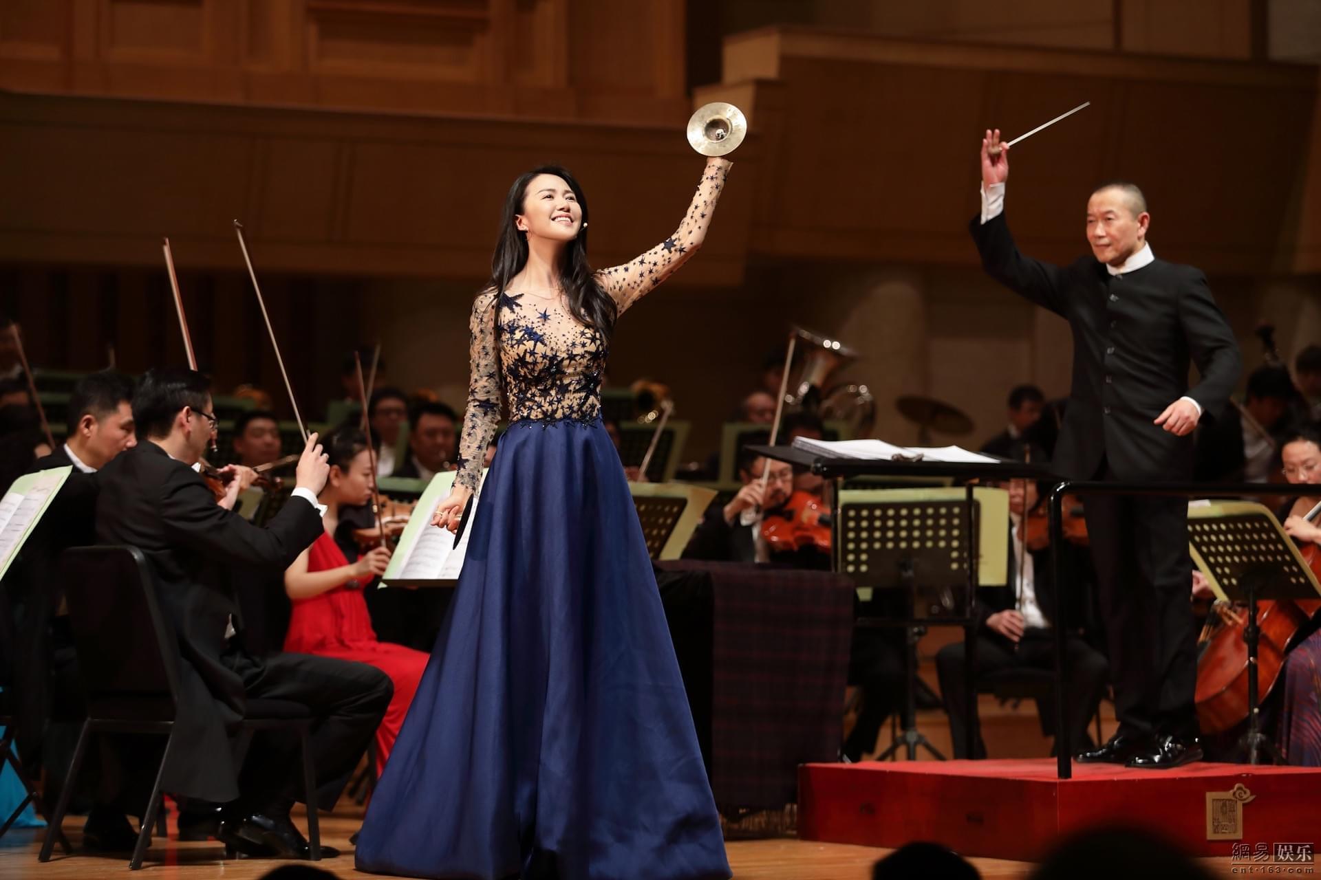 谭盾新年音乐会北京上演 谭维维献演《中国故事》