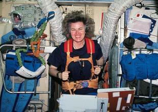 看客:穿越卡门线!远征太空55年