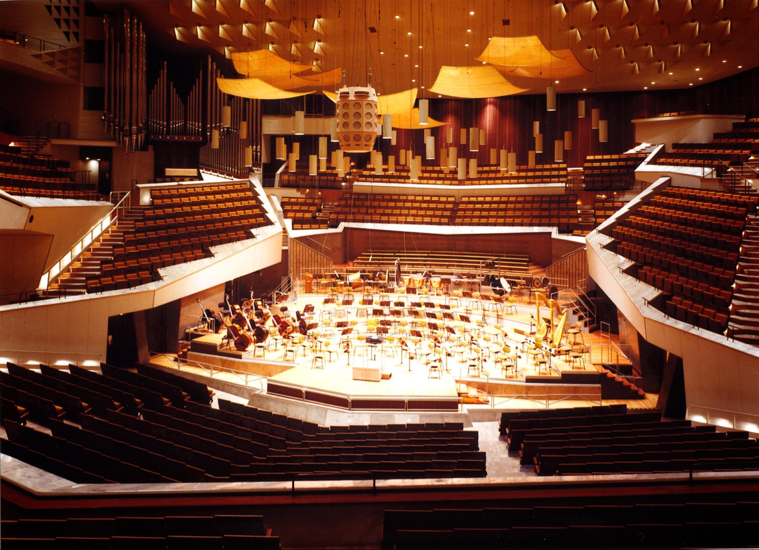 青年小提琴家高参柏林爱乐大厅独奏音乐会