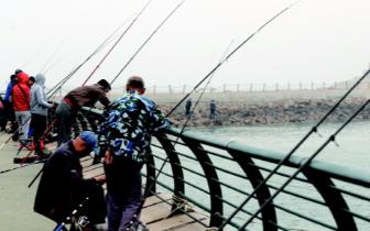 五一小长假青岛纳客497.6万人次 旅游入账73亿