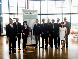BP嘉实多大众集团成功续约全球战略合作伙伴关系