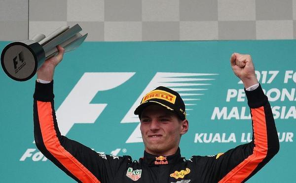 F1大马站维斯塔潘夺冠小汉亚军