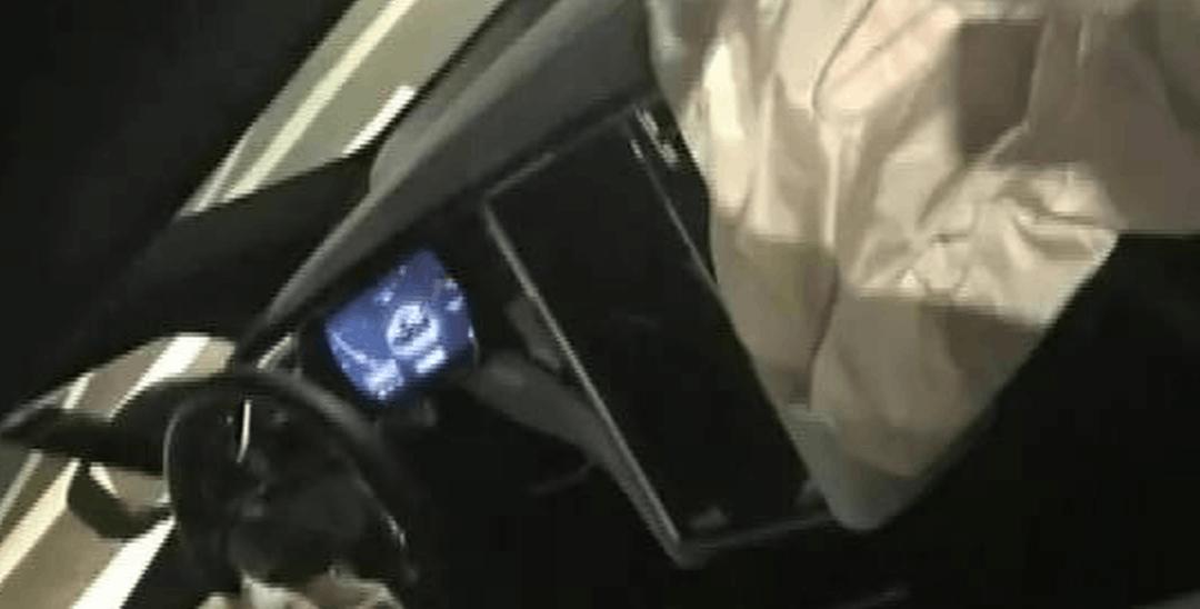 特斯拉自动驾驶再陷故障门 无故断轴