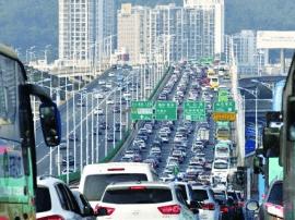 """""""五一""""小长假旅游 广东两日揽金三亿"""