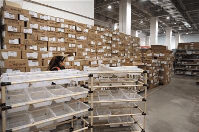 """""""纸箱危机""""来袭 部分电商成本涨75%"""