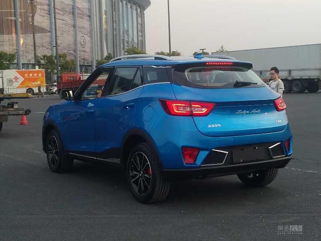 2017上海车展探馆:一掠而过的众泰T300