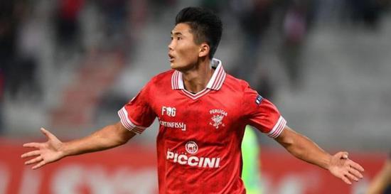 火了!曝尤文锁定朝鲜18岁红星 2场4球征服亚平宁